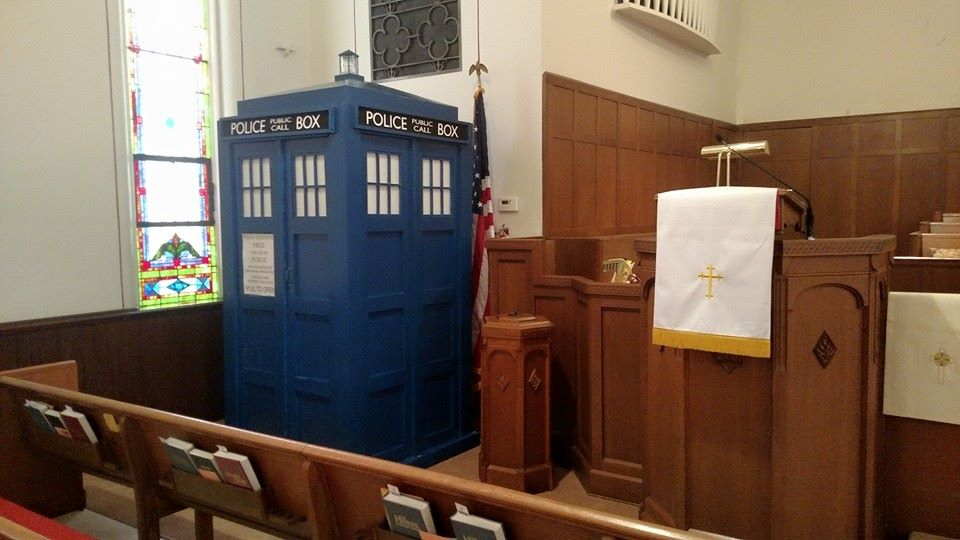 TARDIS in the Sanctuary